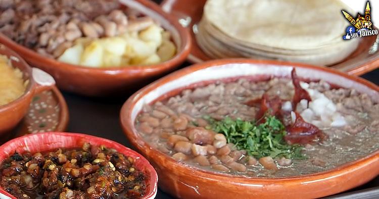receta-de-carne-en-su-jugo-al-estilo-guadalajara