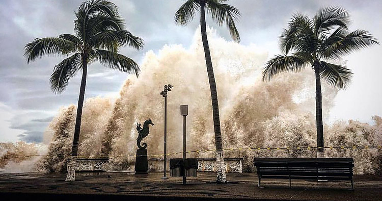 Willa' deja Olas altas y fuertes marejadas Puerto Vallarta - Soy Jalisco